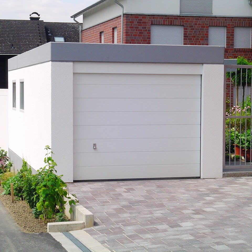 Einzelgarage mit Flachdach von EBS Garagen