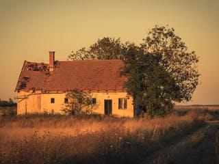 Verfallenes Massivhaus