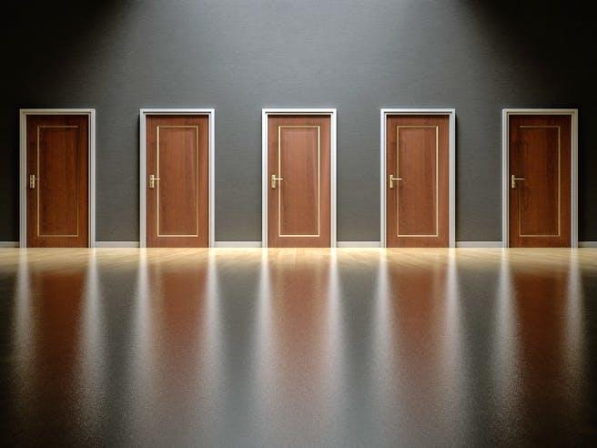 Türen in einer Reihe