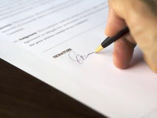 Bauvertrag unterschreiben