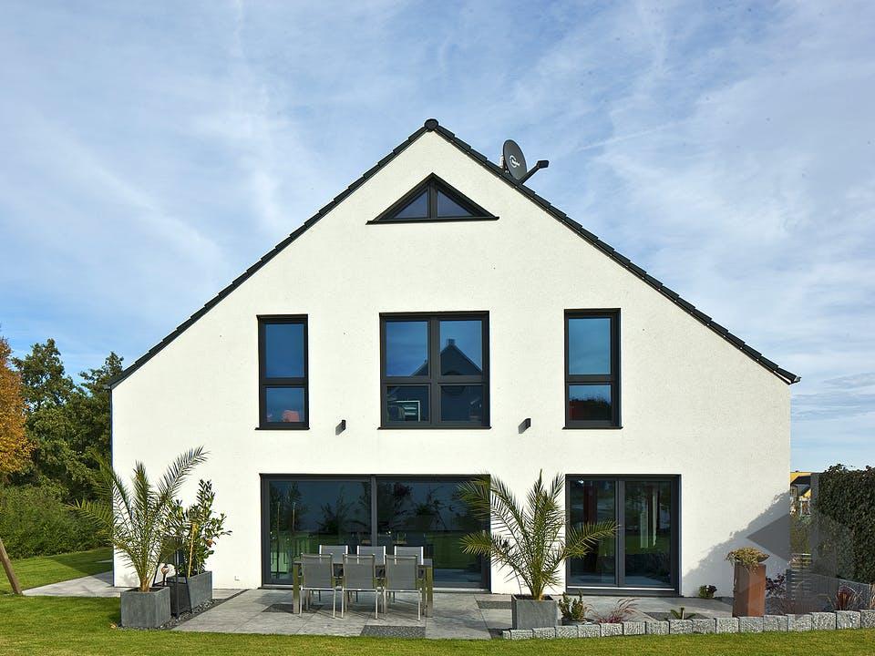 Götze von AIM Hausbau Außenansicht