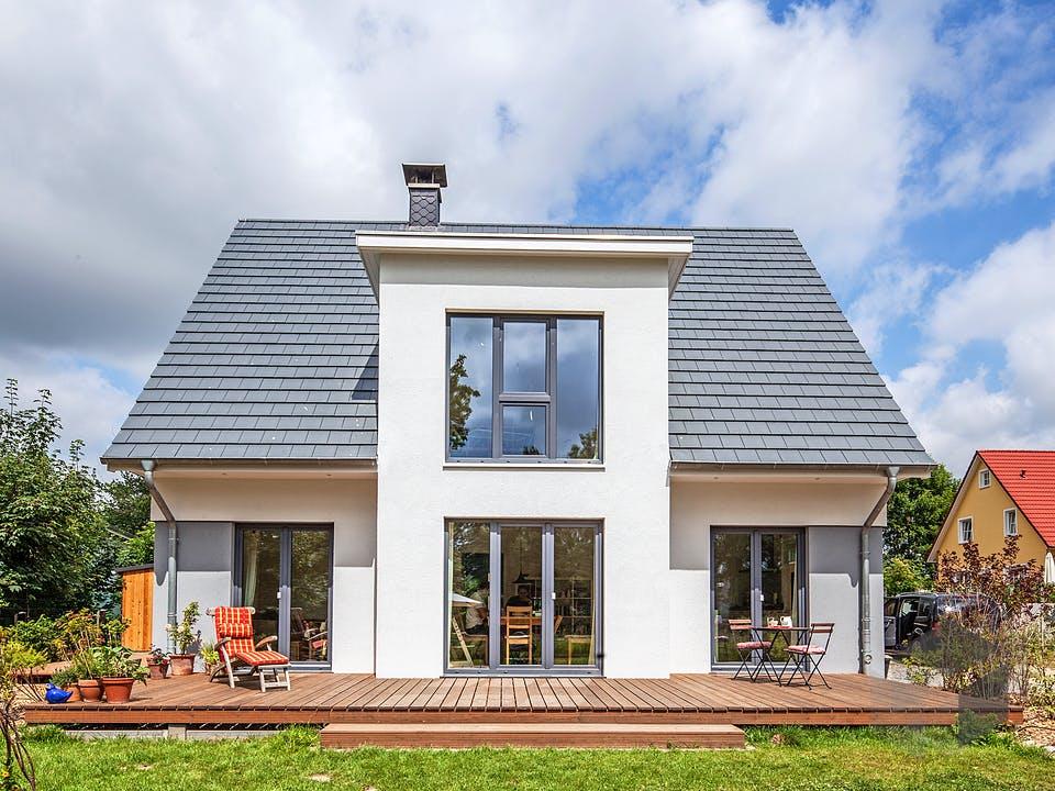Ulrich von AIM Hausbau Außenansicht
