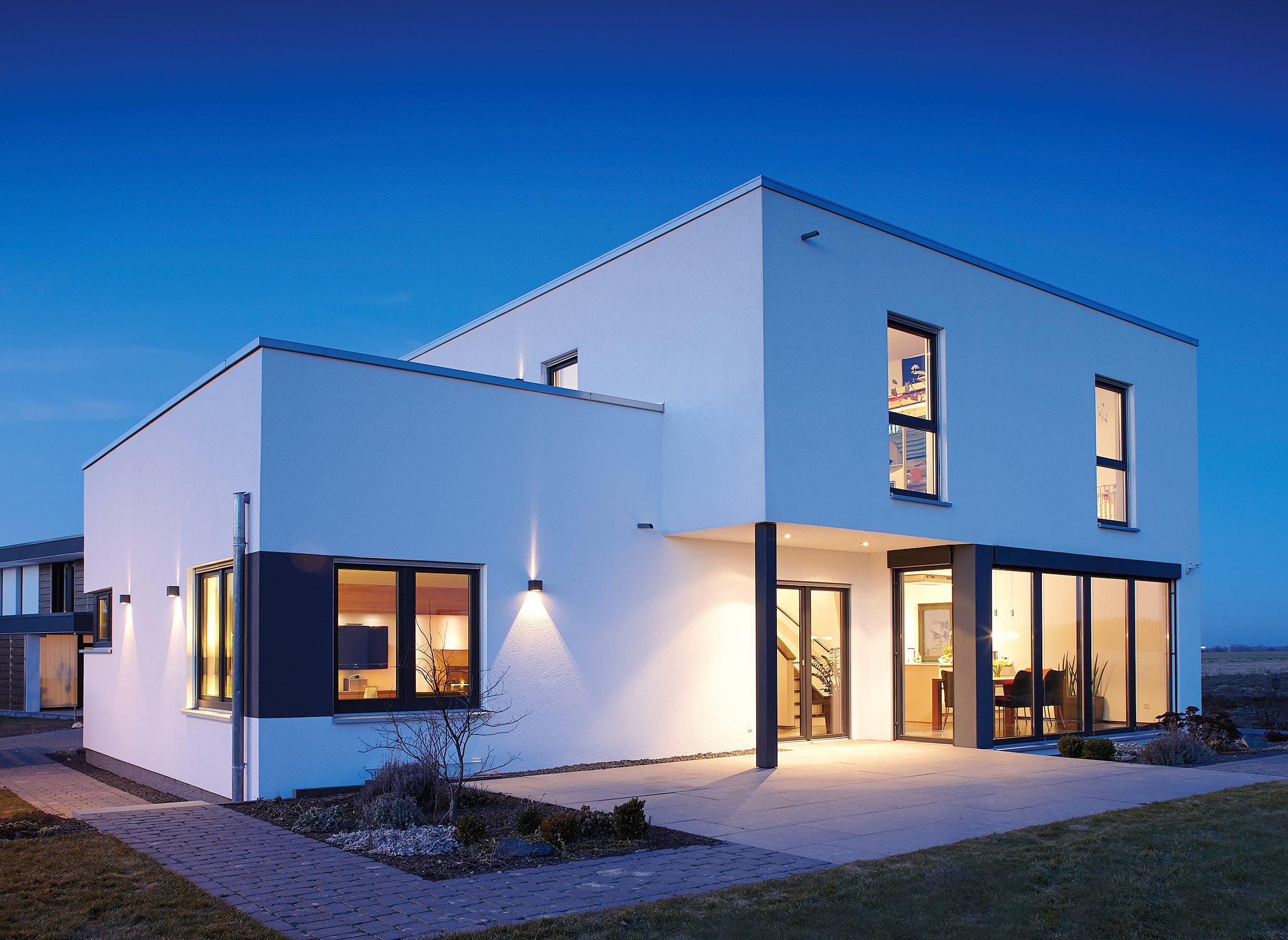 flachdach fertighaus modernes haus. Black Bedroom Furniture Sets. Home Design Ideas