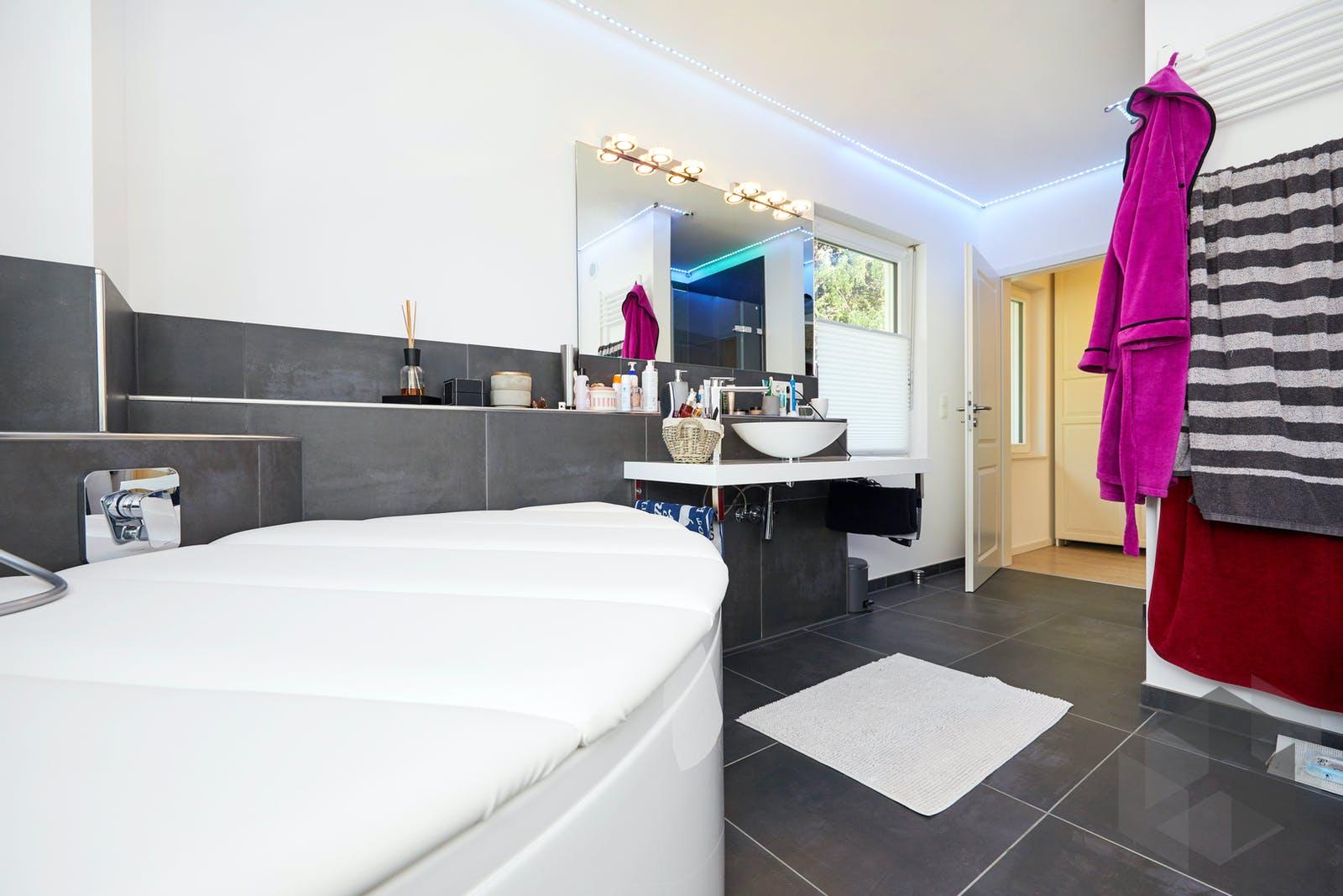 baixa kfw effizienzhaus 40 inactive von gussek haus komplette daten bersicht. Black Bedroom Furniture Sets. Home Design Ideas