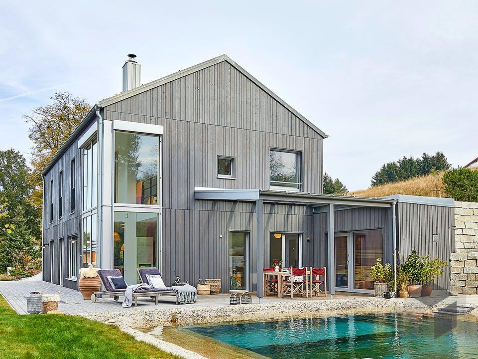 Haus am Wald - Kundenhaus von Baufritz Außenansicht