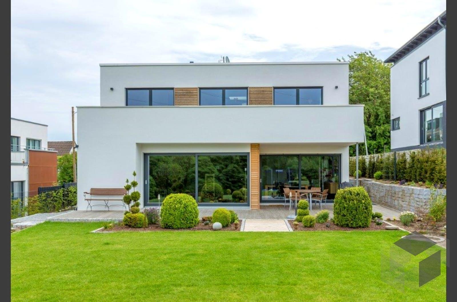 fertighaus bauhaus villa von meisterst ck haus. Black Bedroom Furniture Sets. Home Design Ideas