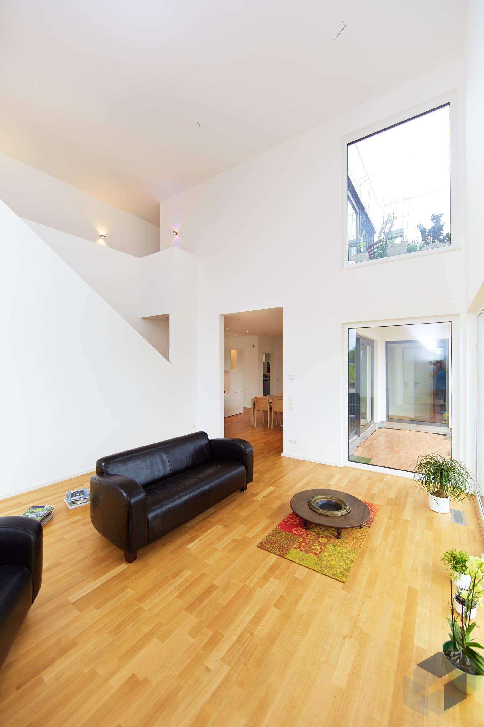 bauhausvilla cubus inactive von haacke haus. Black Bedroom Furniture Sets. Home Design Ideas