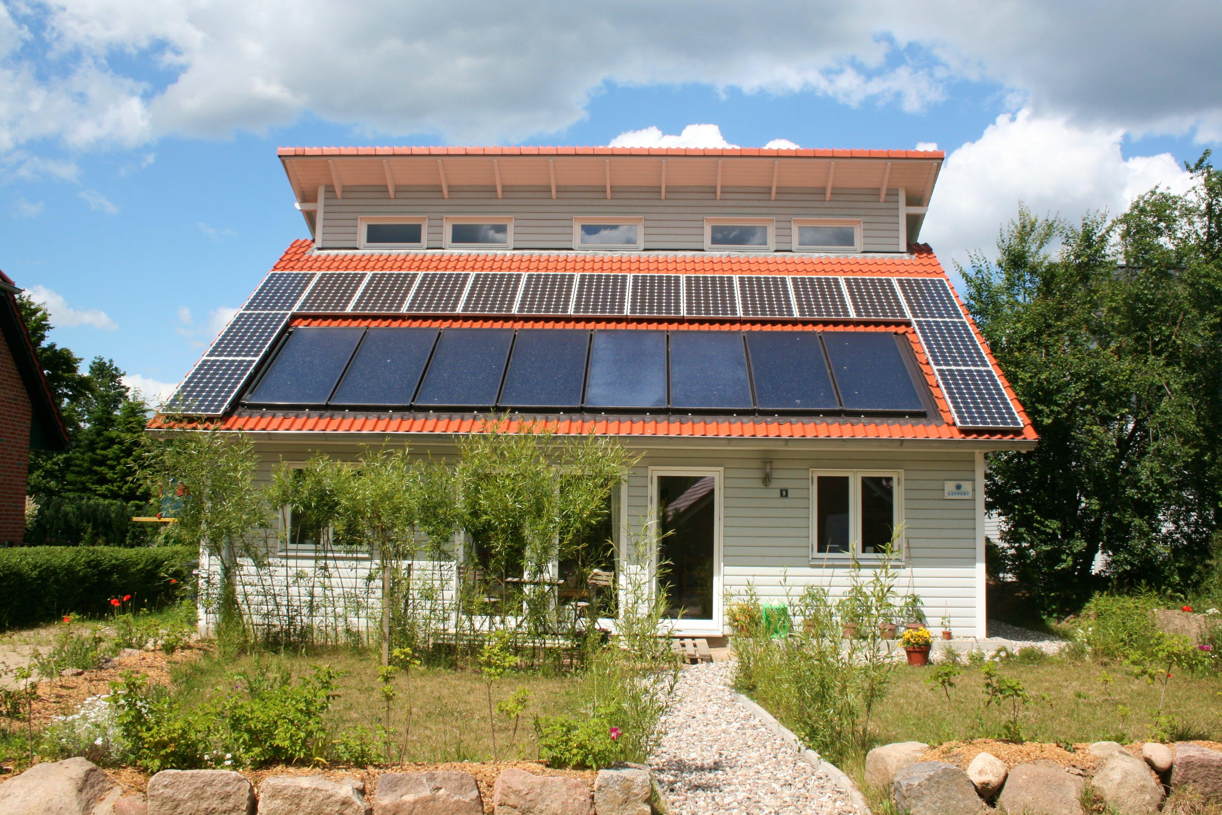 Ein Holzhaus bauen | Preise | Anbieter | Grundrisse | Fertighaus.de