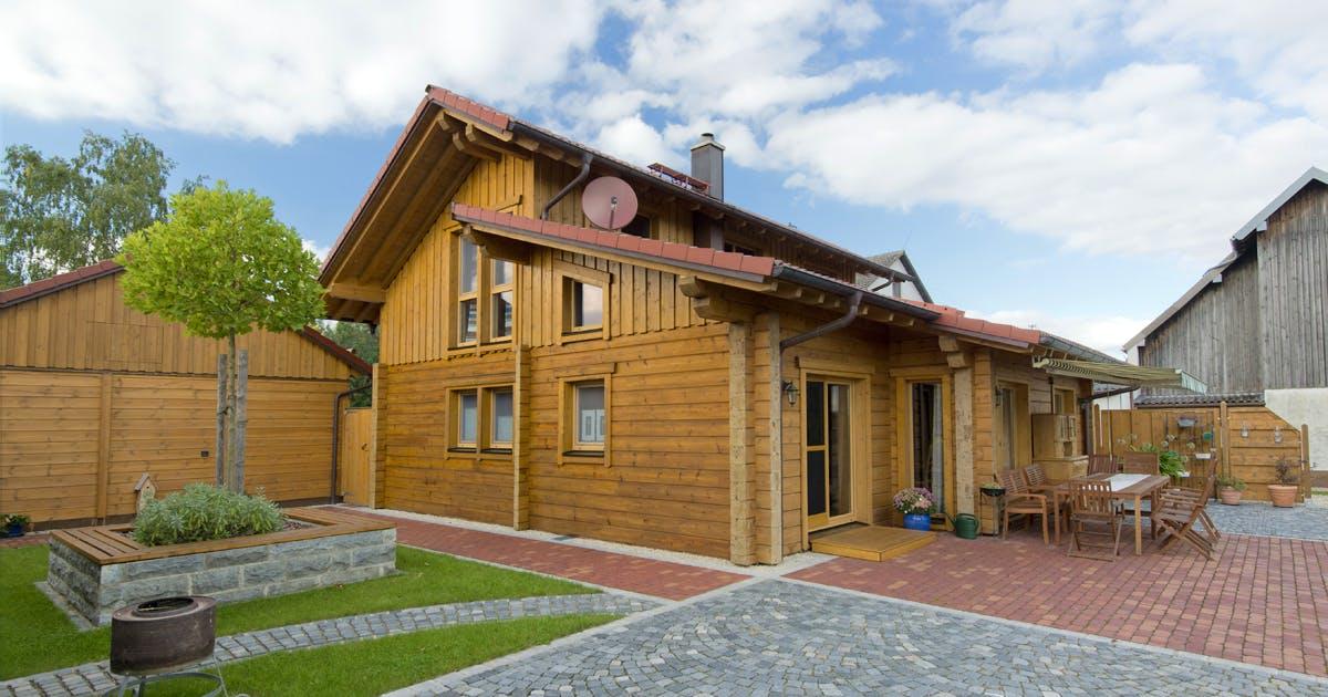 Holzhaus Bauhaus V1 Außenansicht