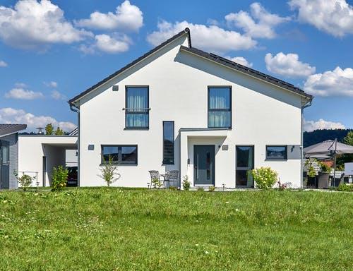 Einfamilienhaus mit versetztem Pultdach