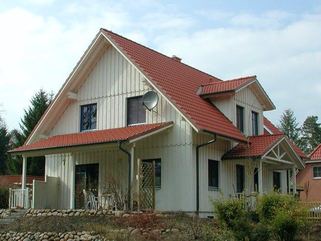 Carmen (KfW-Effizienzhaus 40) von Dammann-Haus Außenansicht 1