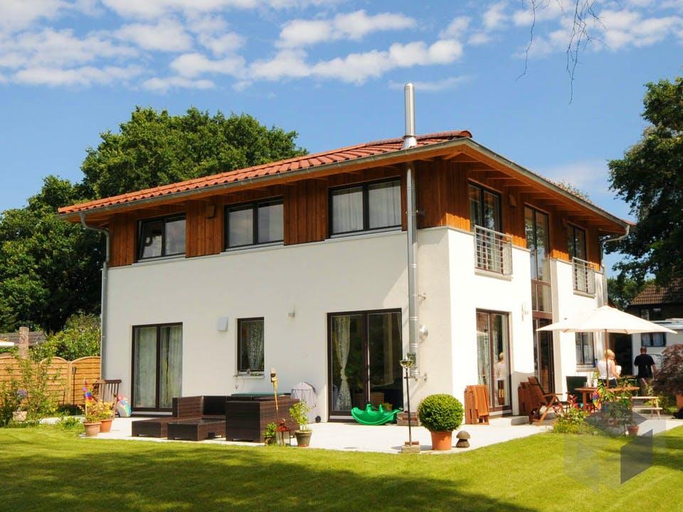 Christine 1 (KfW-Effizienzhaus 40) von Dammann-Haus Außenansicht