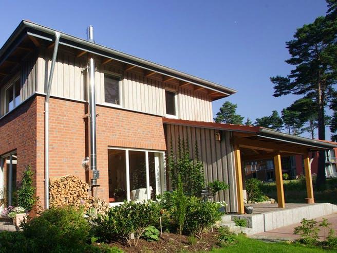 Christine 4 (KfW-Effizienzhaus 40) von Dammann-Haus Außenansicht 1
