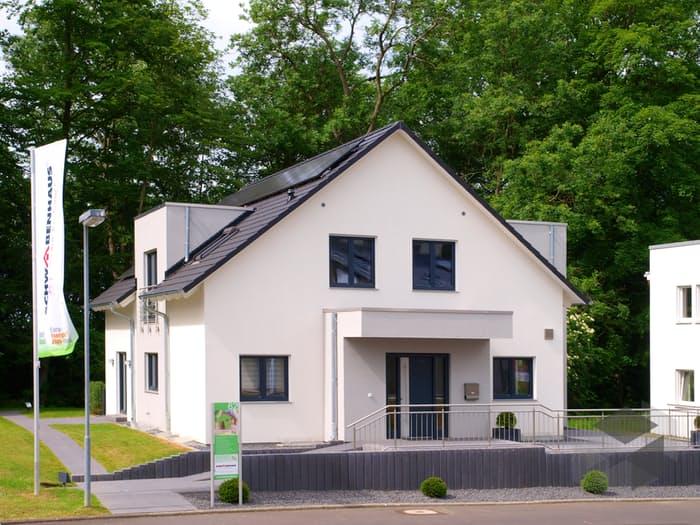Musterhaus Bad Vilbel (out) von Schwabenhaus | komplette ...