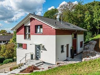 D152 Sum von Frammelsberger Holzhaus Außenansicht 1