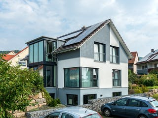 D176 Becker von Frammelsberger Holzhaus Außenansicht 1