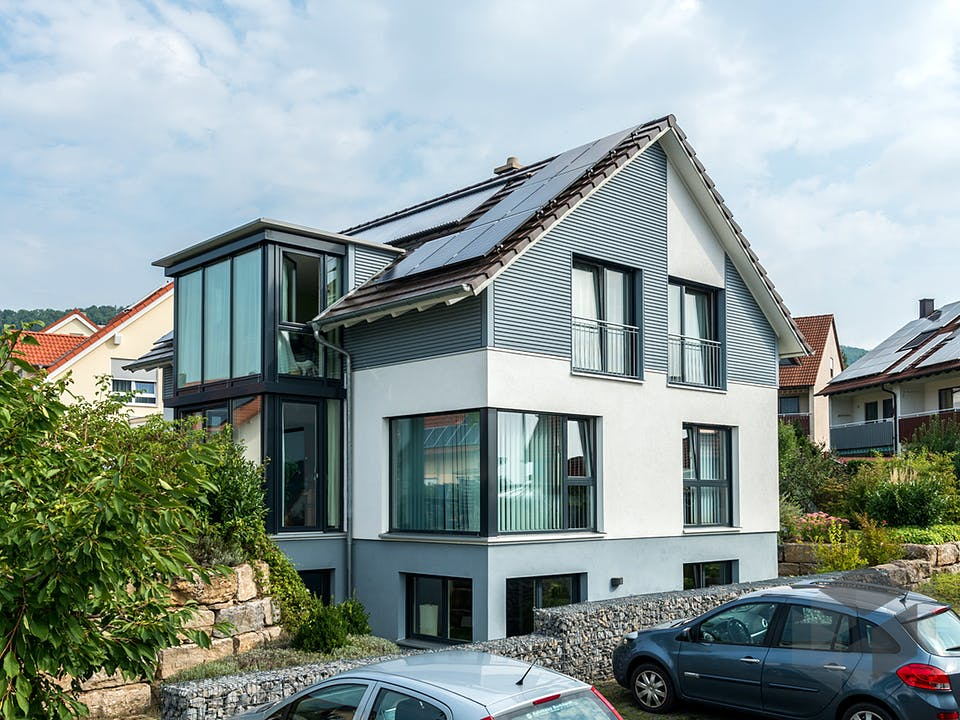 D176 Becker von Frammelsberger Holzhaus Außenansicht