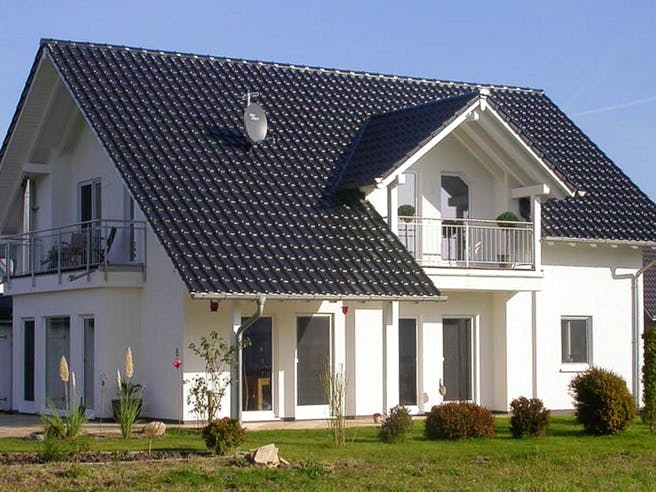 Einfamilienhaus Heideland 3 von EBH Haus Außenansicht 1