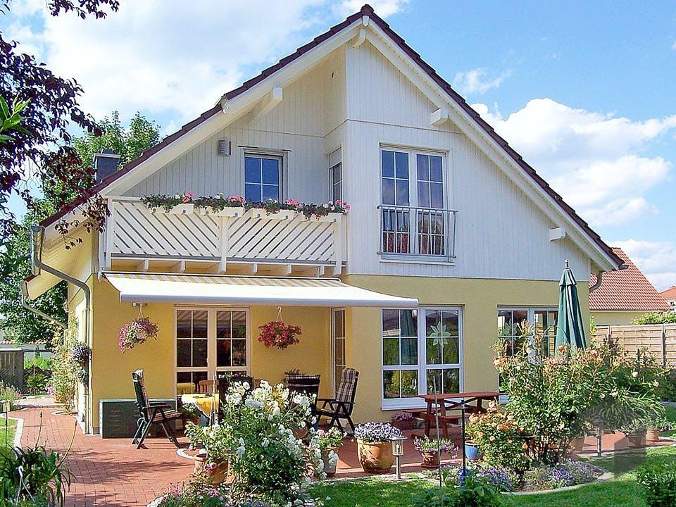 Einfamilienhaus Maxx 3/5 von EBH Haus Außenansicht
