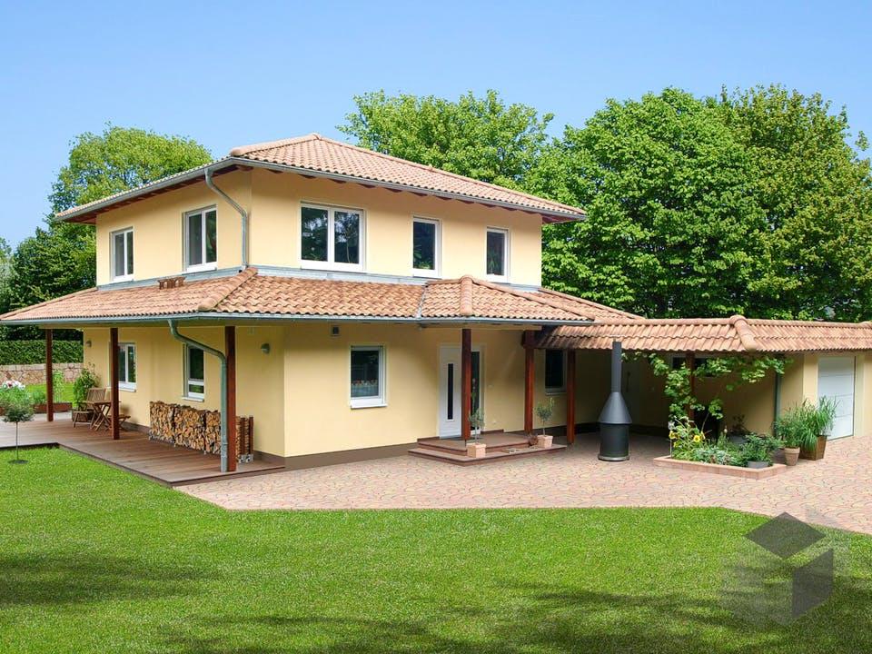 Villa Toscana von EBH Haus Außenansicht