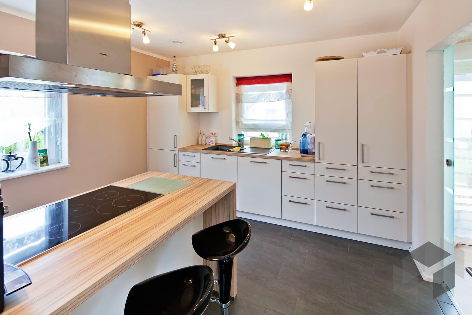edition 21 plus satteldach klassik von luxhaus komplette. Black Bedroom Furniture Sets. Home Design Ideas
