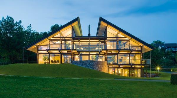 Modernes Fachwerkhaus Außenansicht