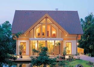 Einfamilienhaus neubau modern holz  Ein Haus mit Einliegerwohnung bauen | Preise | Anbieter ...