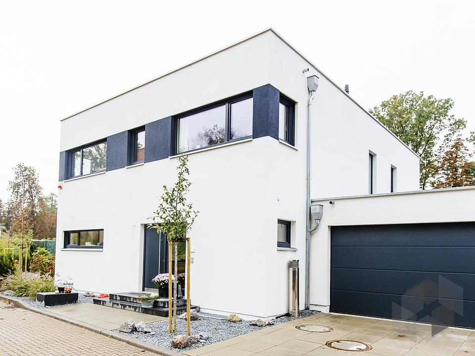 Haus LaStructura Roth von FischerHaus Außenansicht