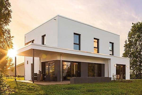 Weißes Kubushaus von FingerHaus