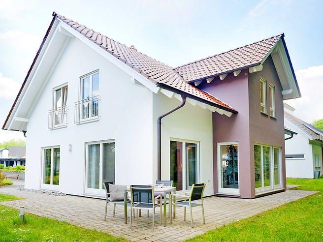Bad Vilbel - Musterhaus II von Fingerhut Haus Außenansicht 1