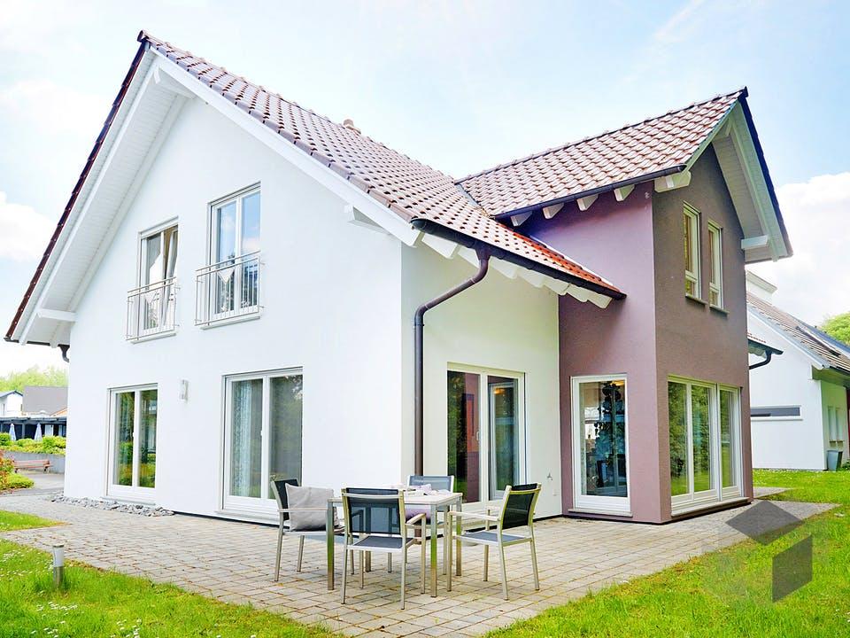 Bad Vilbel - Musterhaus II von Fingerhut Haus Außenansicht