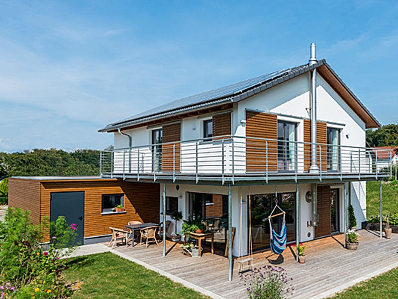 Holzhaus mit Satteldach von Frammelsberger Holzhaus