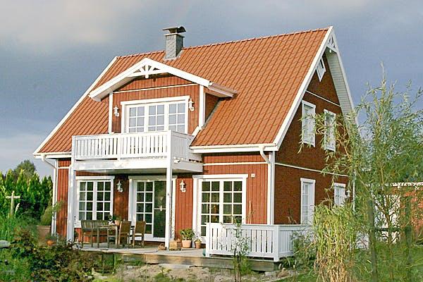 Holzhaus mit Satteldach von Fricke Holzbau