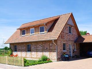 Kleines Fachwerkhaus von Fuhrberger Zimmerei Außenansicht 1