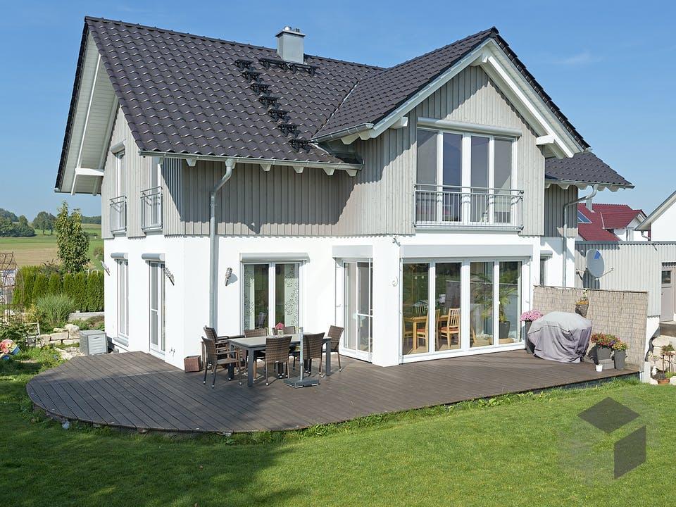 SD 140-086 - Einfamilienhaus mit 3. Giebel von Gapp Holzbau Außenansicht