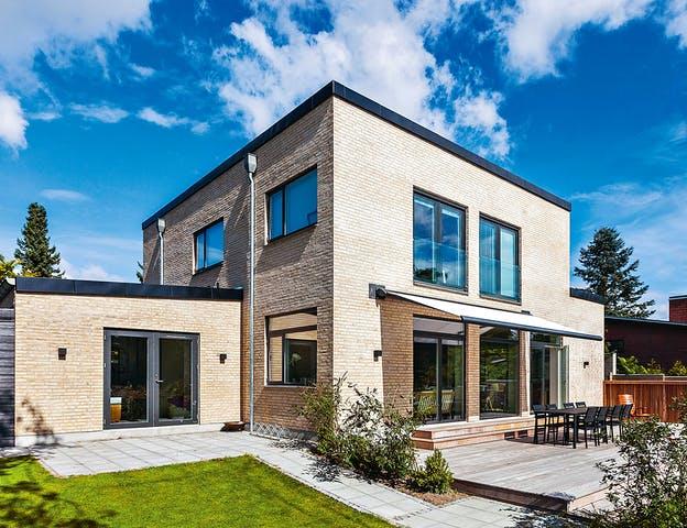 Haus in Massivbauweise mit Backsteinfassade