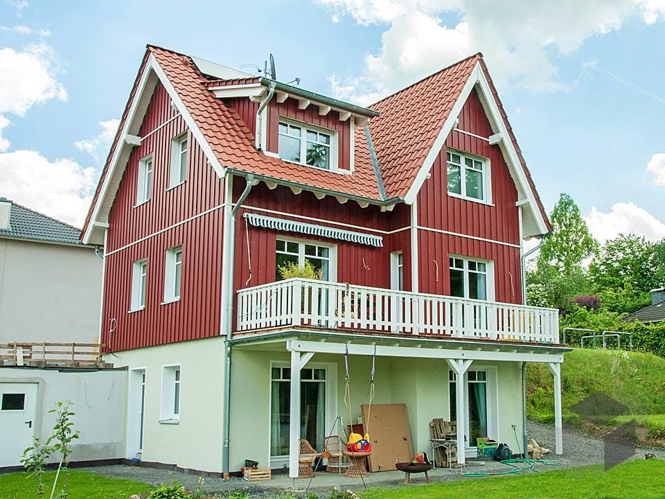 Orginalgetreues Schwedenhaus in Rösrath von Hausbau Heggemann Außenansicht