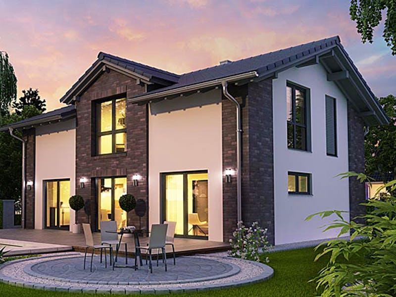 Massivhaus mit Terrasse von HELMA Eigenheimbau