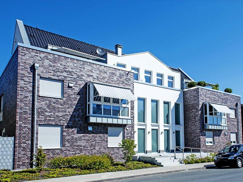 Großes Massivhaus von HelSti Massivhaus