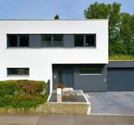 Hirsch exterior 2