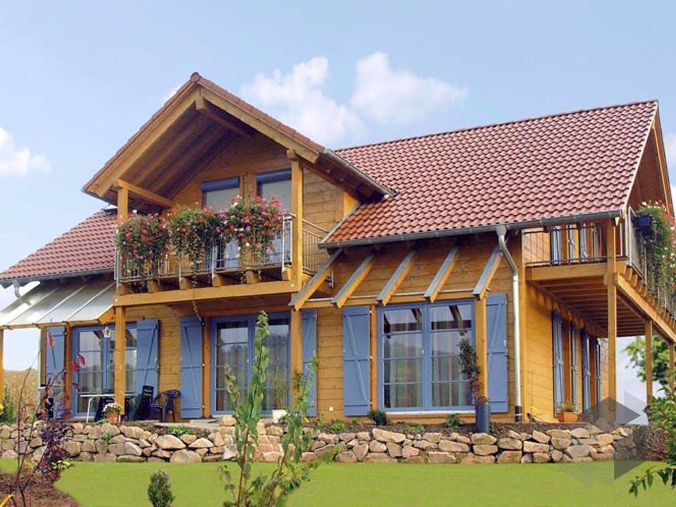 B165 Griesmayer von Frammelsberger Holzhaus Außenansicht