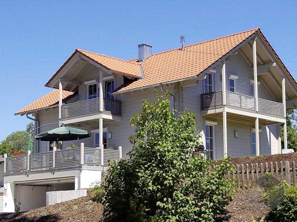 B167 von Frammelsberger Holzhaus Außenansicht