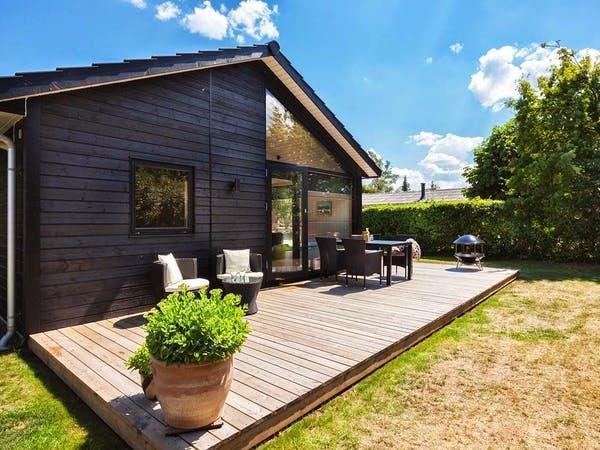 Holzbungalow Reersö 70 mit Terrasse und Garten