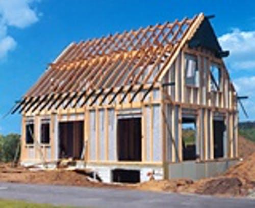 Haus mit Holzrahmen