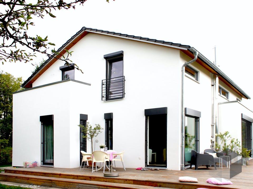 Homestory 088 von Lehner Haus Außenansicht