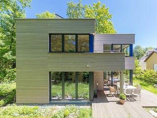 Gartenblick von Huber Holzbau Außenansicht 1