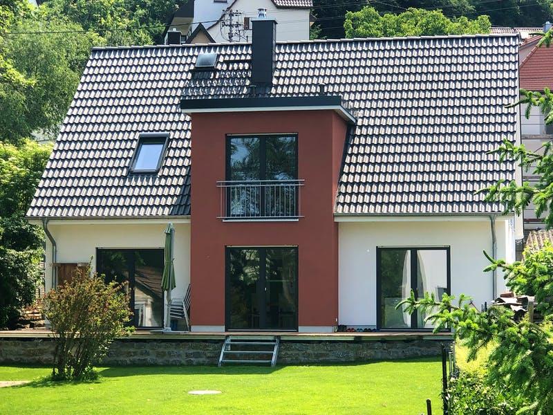 Modernes Satteldachhaus von HVO Massivhaus