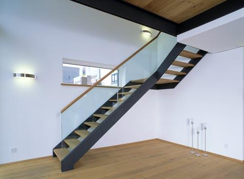 Podesttreppe - Individuelle Planung Vario 2 interior 10
