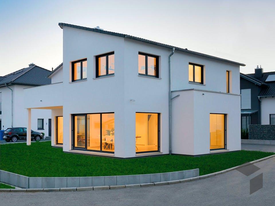 Haus Schöneberg von Fertighaus WEISS Außenansicht