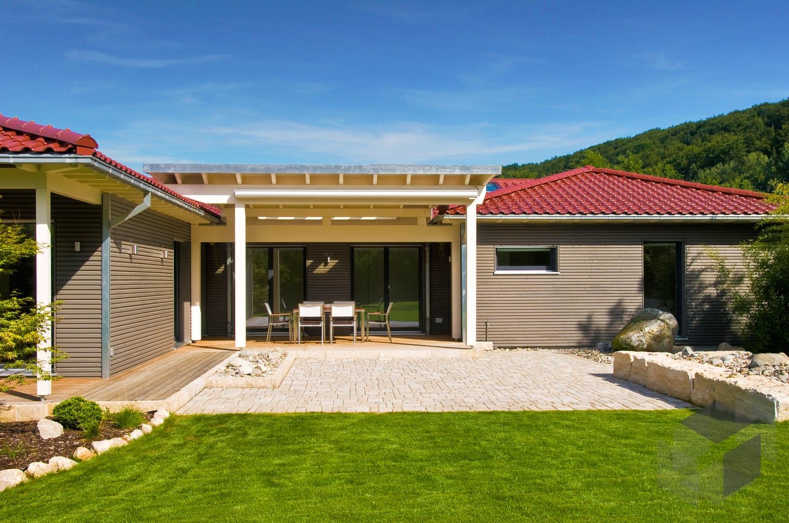 klassische bungalow von baufritz komplette daten bersicht. Black Bedroom Furniture Sets. Home Design Ideas